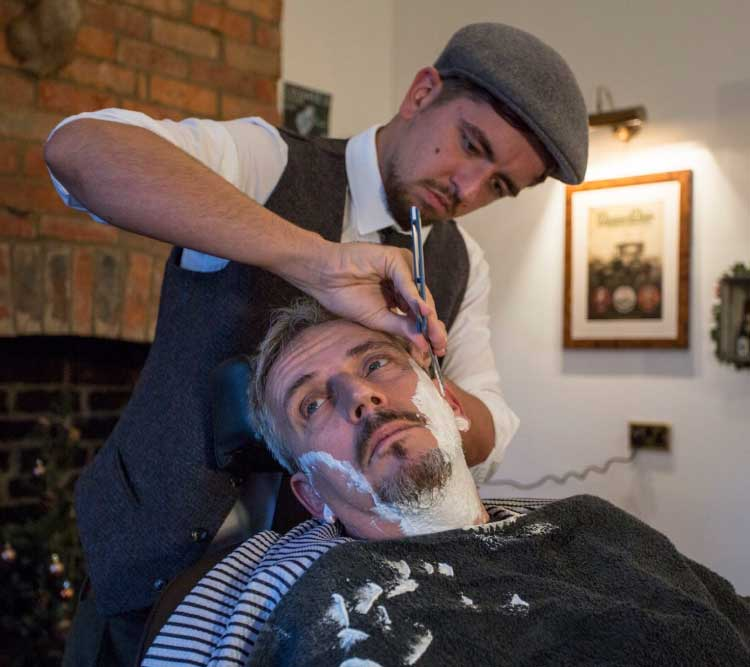gentlemans barber Cut throat shave at bugsys gentlemans barbers kettering off rockingham road